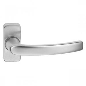 Kľučka Alba na hranatej rozete pre hliníkové vchodové dvere