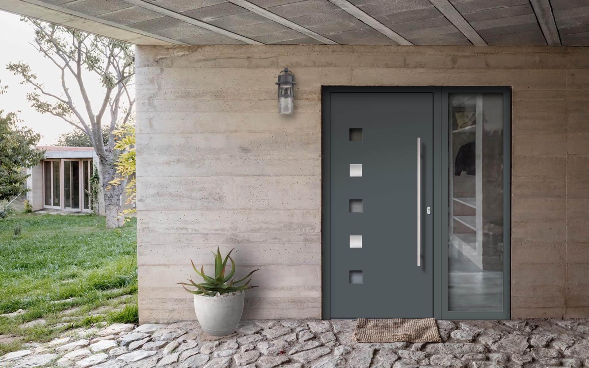 Hliníkové vchodové dvere do domu so svetlíkom vo farbe oceľová sivá RAL 7011