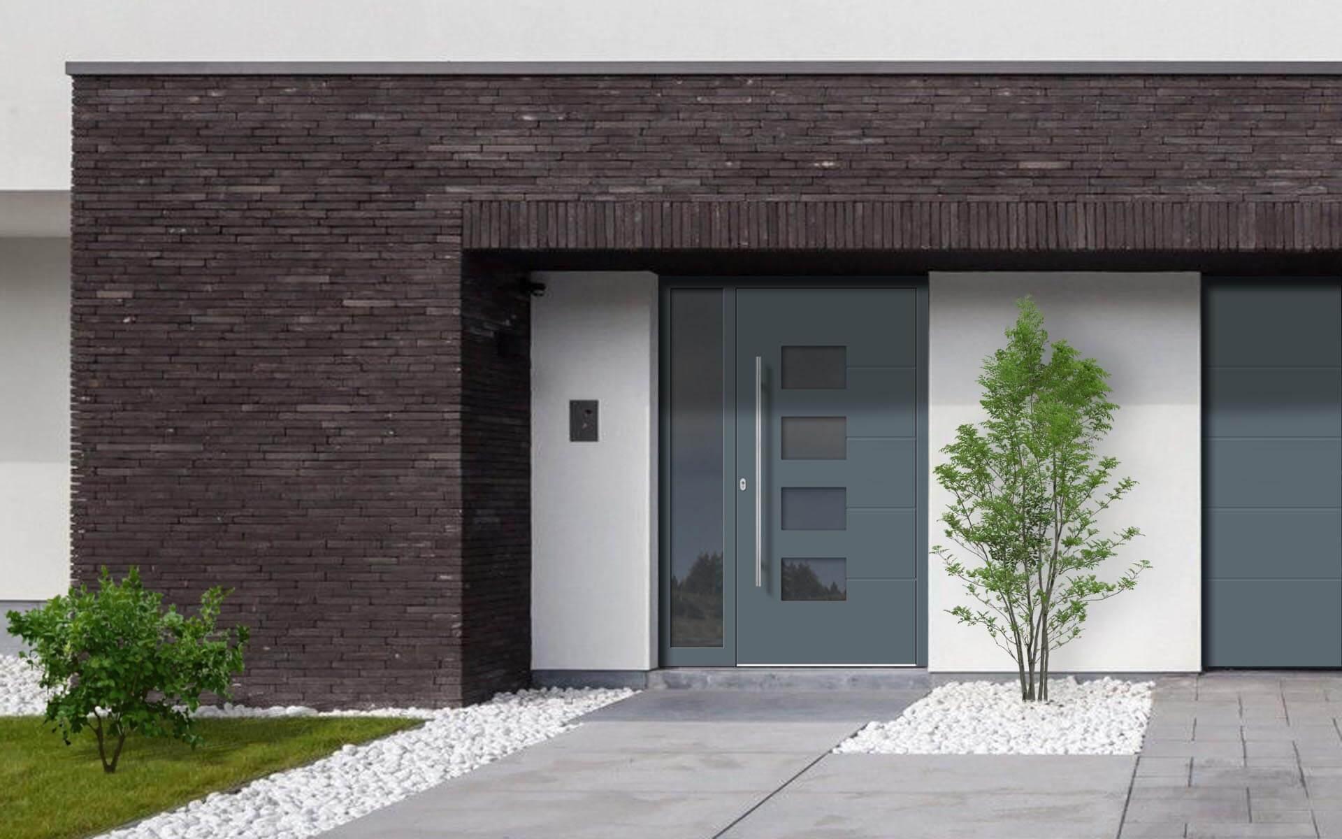 Hliníkové vchodové dvere do domu so svetlíkom vo farbe modrosivá RAL 7031