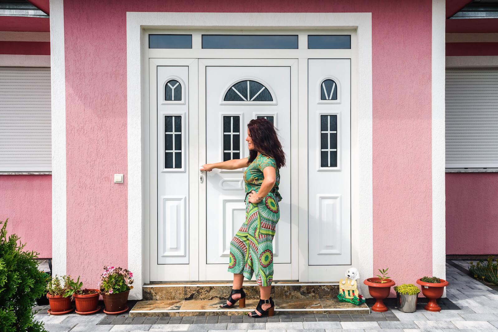 Poznáte nevýhody plastových vchodových dverí?